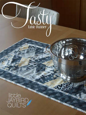JBQ126 Tasty Table Runner