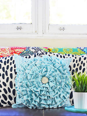 Ella's Ruffle Cushion